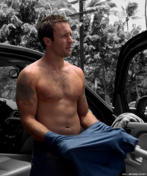 302-shirtless