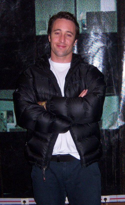 Alex on the set of Criminal Minds (Feb 2009)