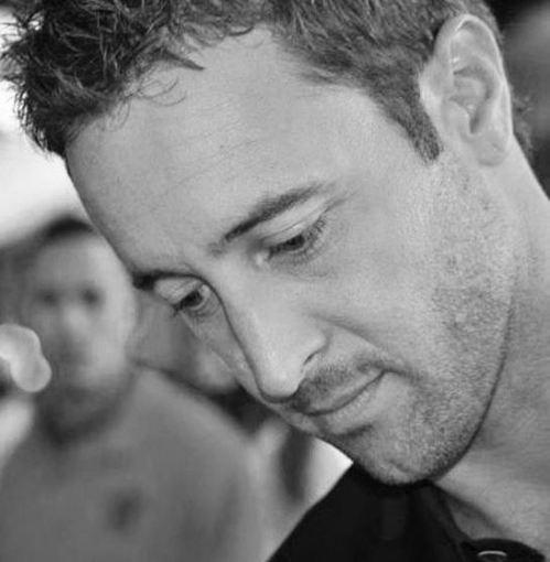 Alex O'Loughlin - 2011