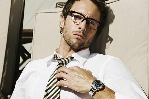 ps glasses white shirt
