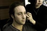 Alex O'Loughlin Moonlight vamping 02