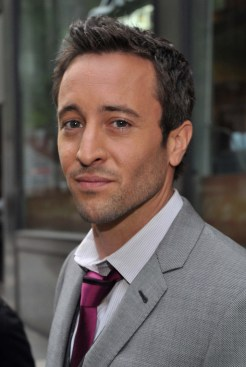 Alex O'Loughlin - 16 April 2010