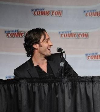 Alex O'Loughlin - Comic Con (2008)