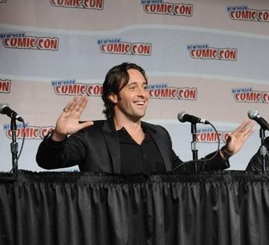 Alex O'Loughlin - NY Comic Con 2008