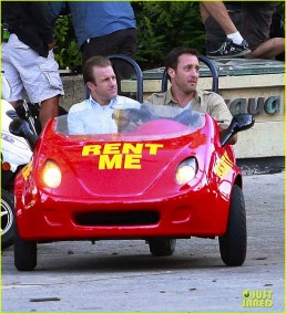 51358768 Actors Scott Caan and Alex O'Loughlin filming a chase seen in a rented mini car on Kalalaua Ave for 'Hawaii Five-O' in Waikiki, Hawaii on March 18, 2014. FameFlynet, Inc - Beverly Hills, CA, USA - +1 (818) 307-4813